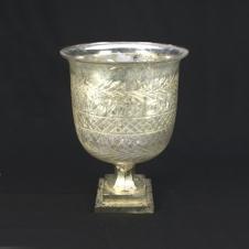 Vase mit Fuß