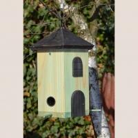 Vogelfutterturm grün