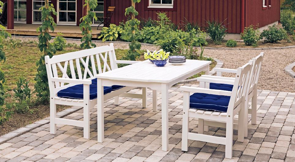 Schwedische Gartenmöbel
